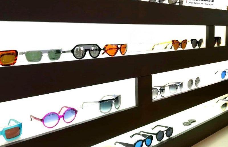 SALDI: l'occasione di lasciare sugli scaffali gli occhiali scaduti